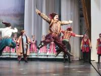 Spectacle de danse et de chant folklorique russe