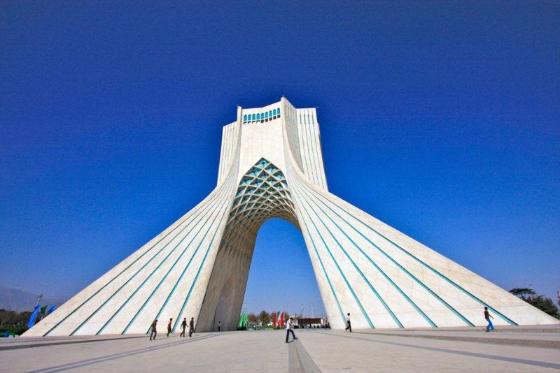 Tour Azadi, Téhéran