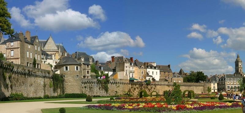 Vannes, loger dans le golfe du Morbihan