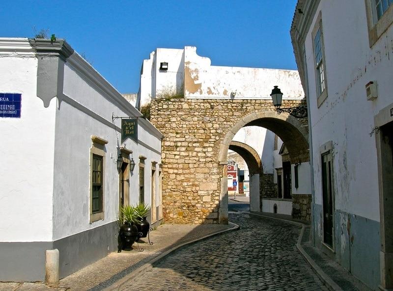 Vieille ville, loger à Faro