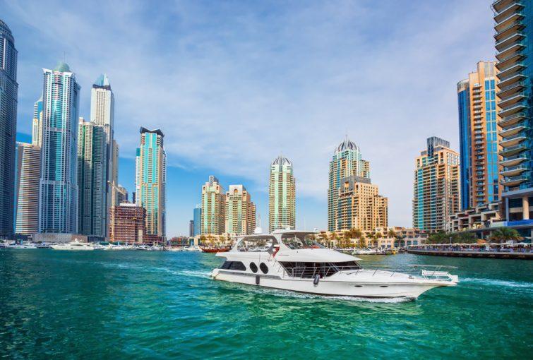 Visiter et louer un bateau à Dubaï