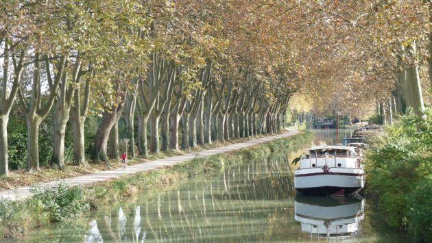 Où dormir le long du Canal du Midi ?