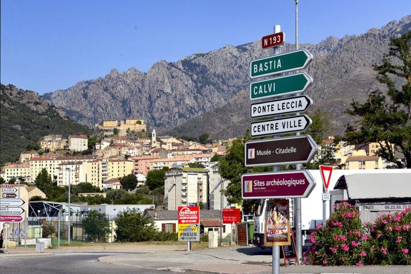 Rond point de la gare, Corte, Corse