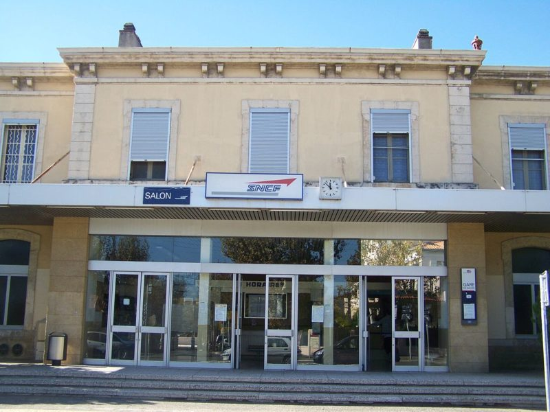 Gare de Salon