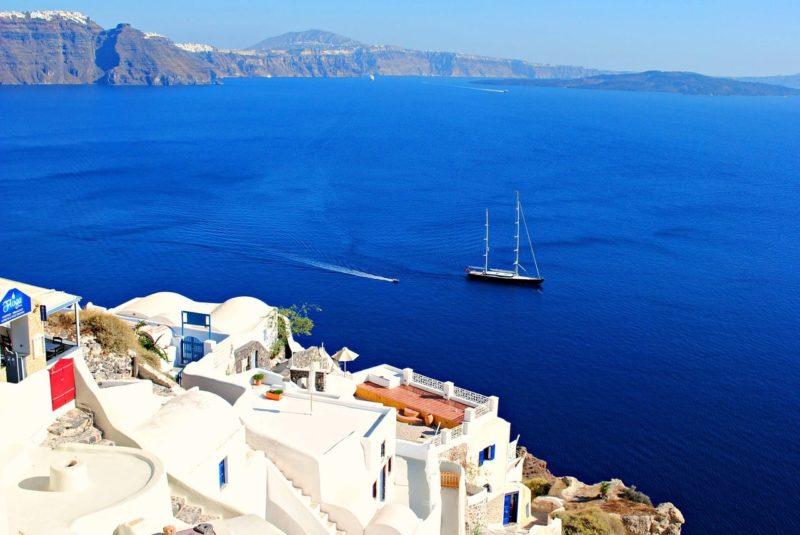 Les compagnies de ferry dans les Cyclades