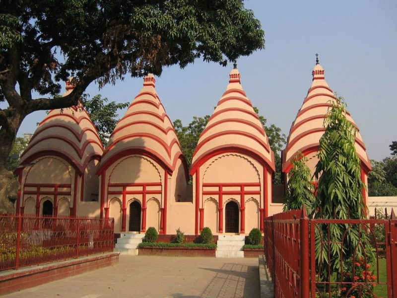 Temple Dhakeshwari, Dacca