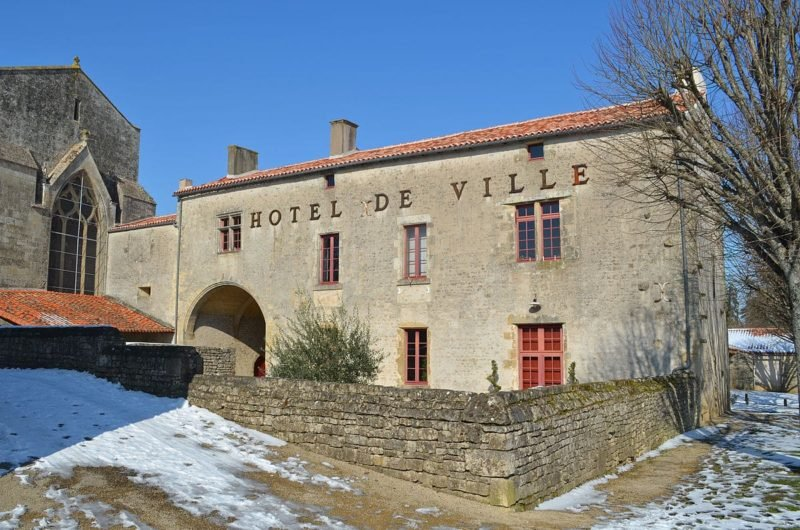 Hôtel de Ville, Foussais-Payré