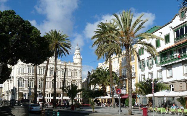 Dans quelle ville loger à Grande Canarie ?