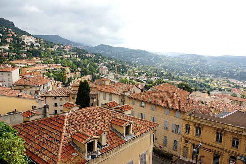 Vue depuis la Cathédrale Notre-Dame Du Puy De Grasse