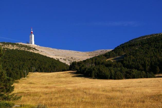 Dans quel village loger pour monter le Mont Ventoux ?