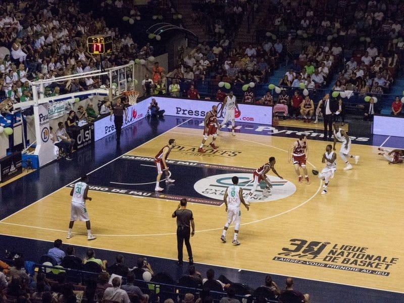 Match de basket, Palais des Sports, Pau