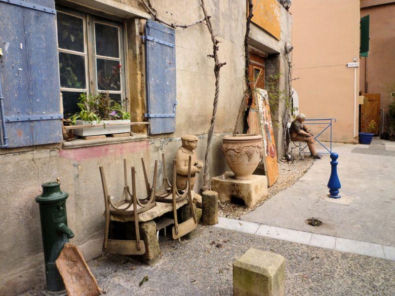Potier à Saint Quentin la Poterie
