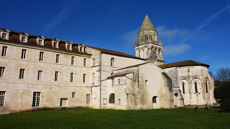 Abbaye aux Dames, Saint-Pallais, Saintes