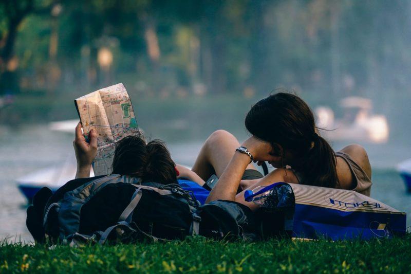 Financer un tour du monde : demander une bourse voyage