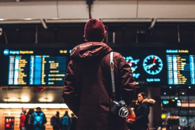 Comment demander l'indemnisation de mon billet pour un vol retardé ?