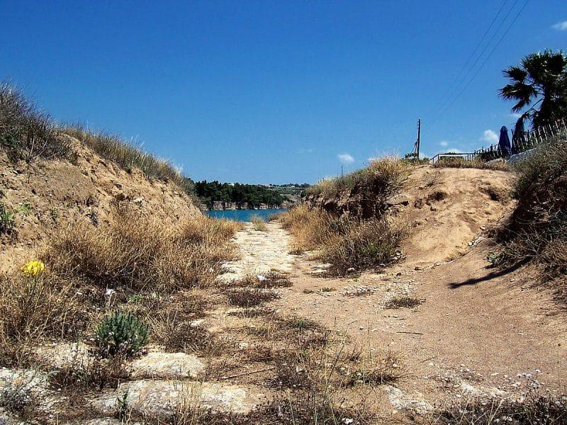 Chemin Diolkos, Corinthe