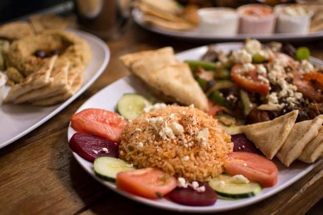 Où manger à Athènes: 7 bons restaurants et tavernes typiques