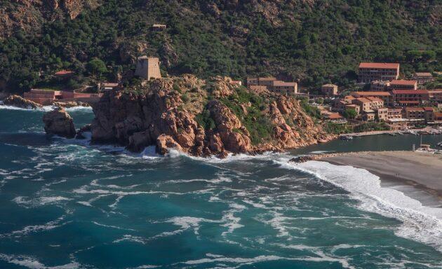 Comment aller en Corse depuis Marseille en ferry ?