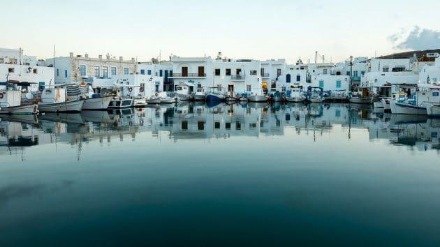 Comment aller à Paros depuis Athènes en ferry ?