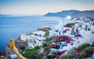Comment aller en ferry à Santorin depuis Athènes ?