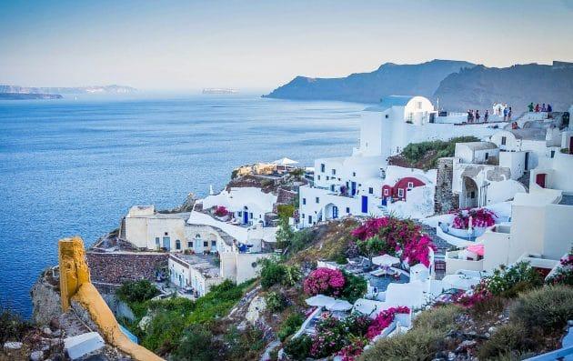 Comment aller à Santorin depuis Athènes en ferry ?