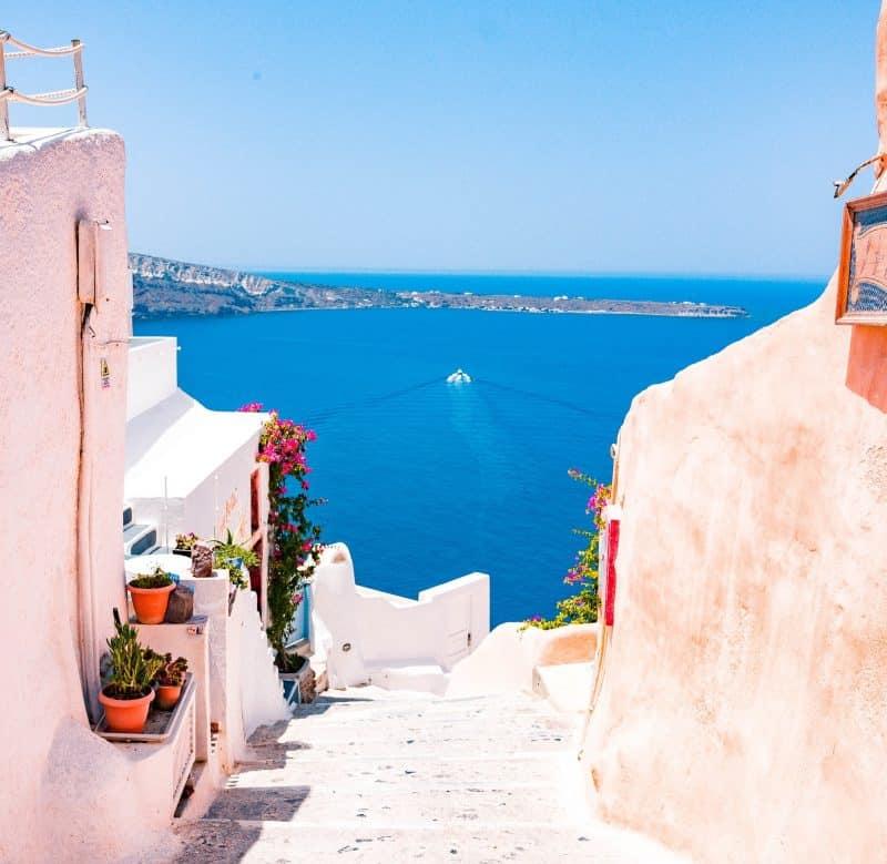 Planifier son trajet en ferry pour Santorin depuis Athènes