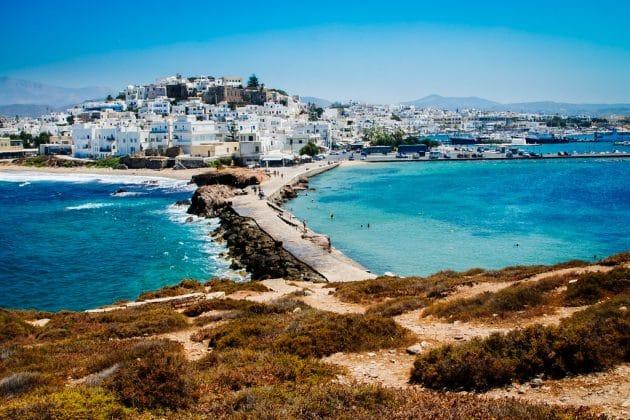 Comment aller à Naxos depuis Athènes en ferry ?