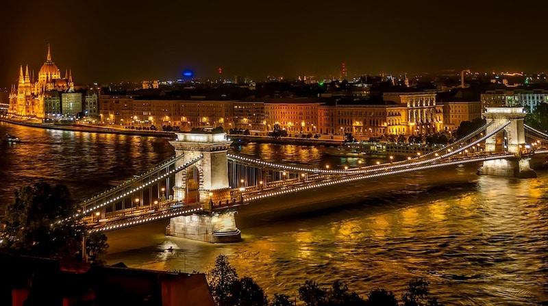 Le pont des chaînes