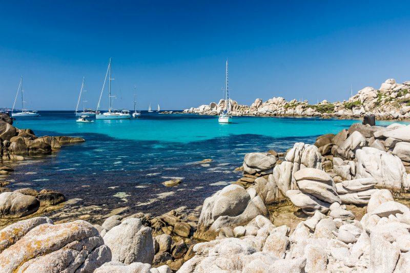 Planifier un trajet en ferry pour aller en Corse