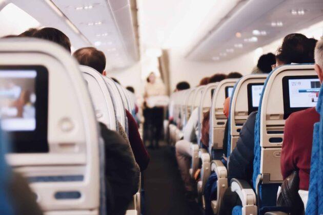 De quel côté s'asseoir dans l'avion pour avoir la meilleure vue à l'atterrissage?