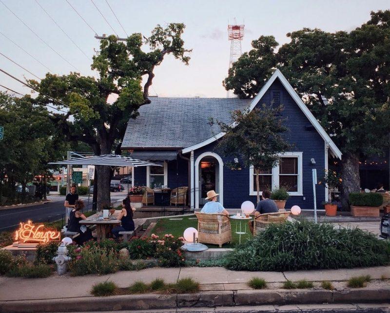 Clarksville, House, Austin