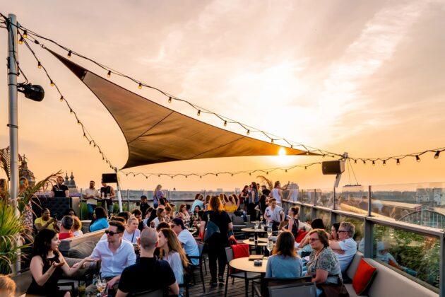 Les 10 meilleurs rooftops où boire un verre à Amsterdam