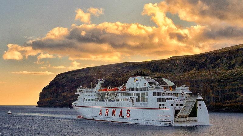 Réserver son trajet en ferry pour aller dans les Îles Canaries