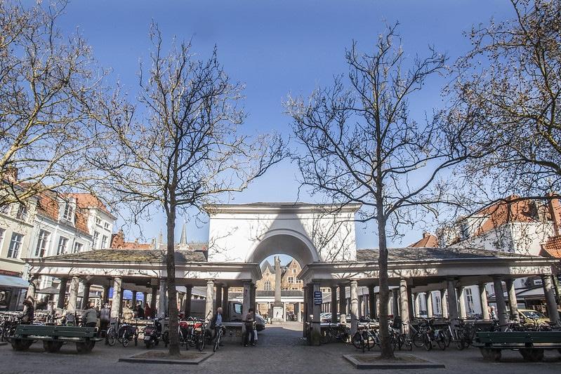 Vismarkt, marché aux poissons, Bruges