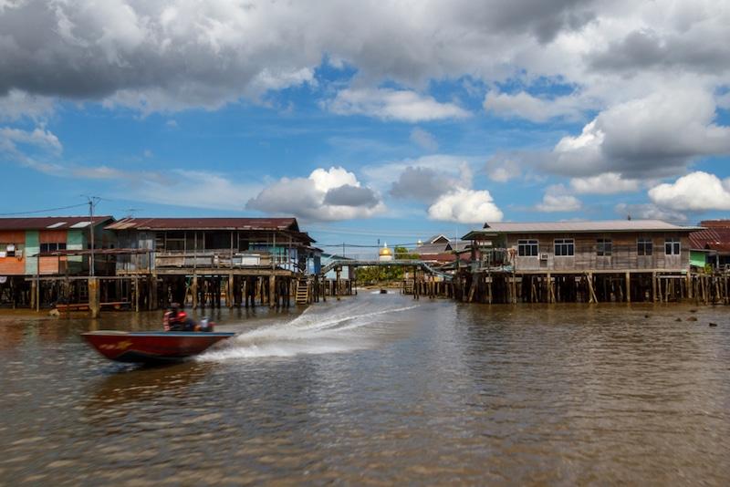 Kampung Ayer, Borneo