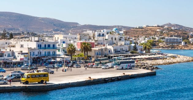Louer une voiture à Paros : comment et où ?