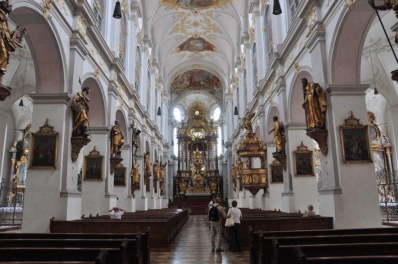 L'église Saint-Pierre, Munich
