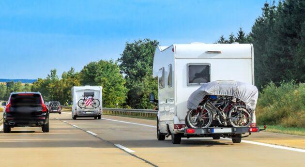La Suisse en Camping-Car : conseils, aires, itinéraires