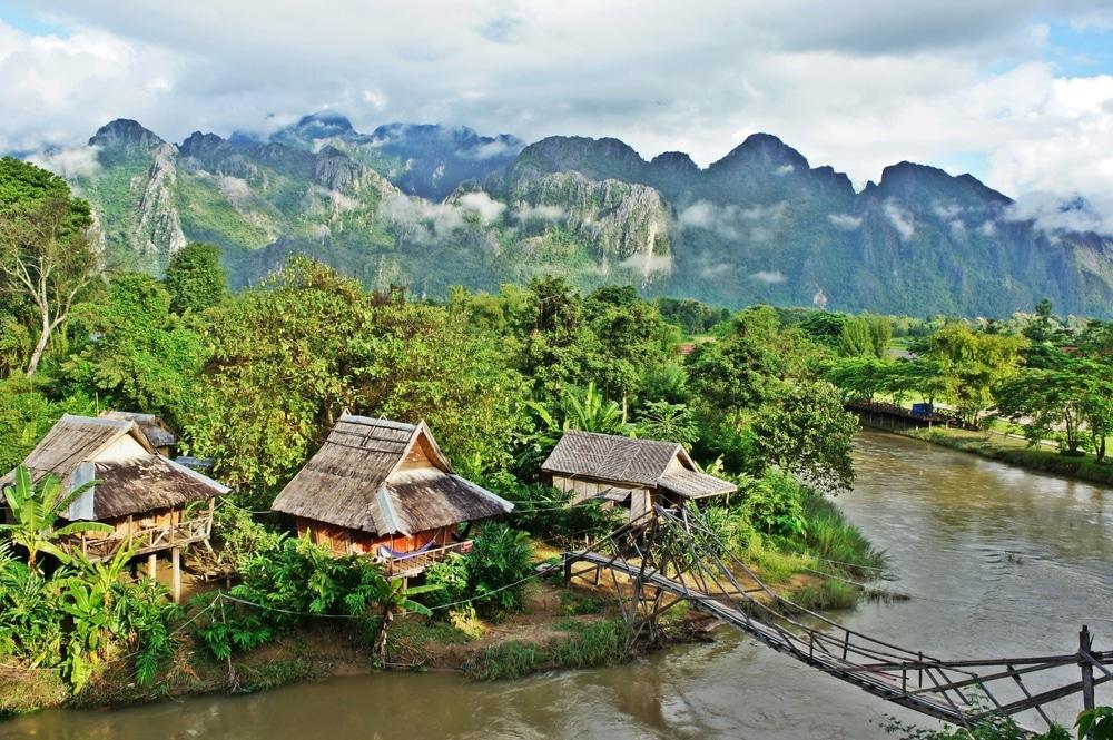 Village de Vang Vieng, Laos