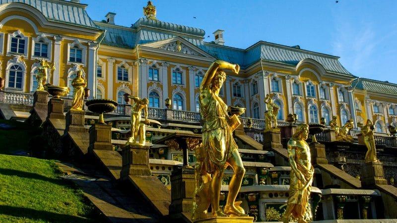 Que voir et faire au Palais Peterhof à Saint-Pétersbourg ?