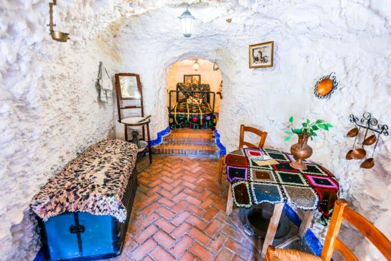 Que voir et faire aux grottes de Sacromonte à Grenade ?