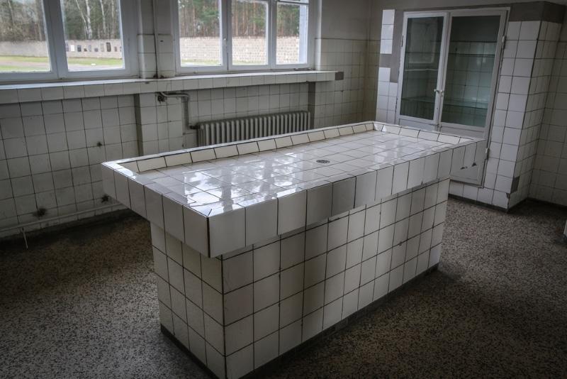 Berlin - Camp de Sachsenhausen salle médicale