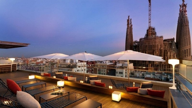 Ayre Hotel Rosellón - les meilleurs rootops où boire un verre à Barcelone
