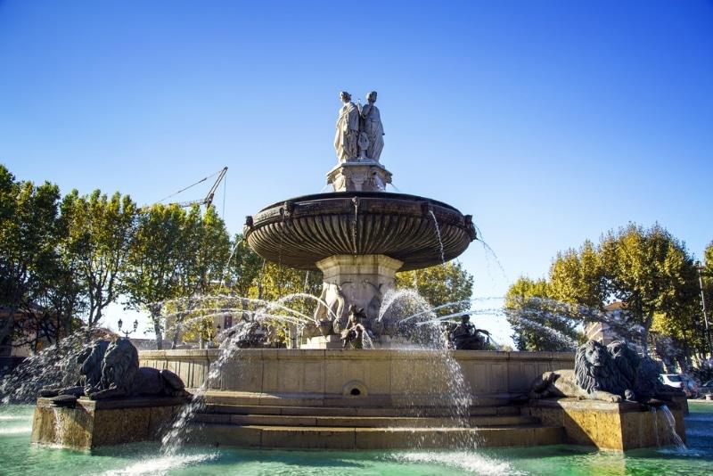Aix en Provence Fontaine Rotonde