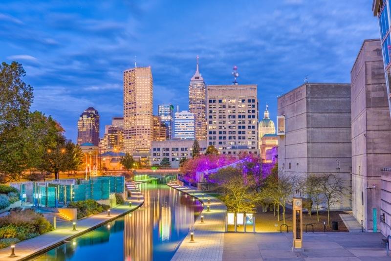 centre ville Indianapolis de nuit