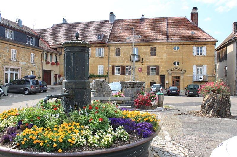 Nozeroy village du Jura