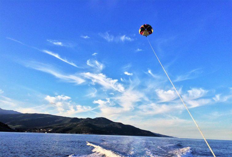 Parachute ascensionnel à Bastia