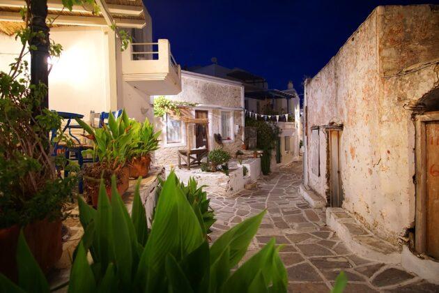 Les 18 meilleurs endroits où sortir à Paros