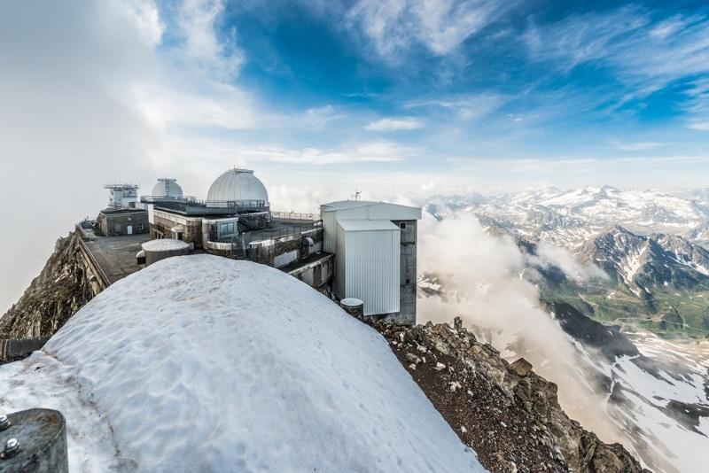 Pic du Midi observatoire vue pyrenees