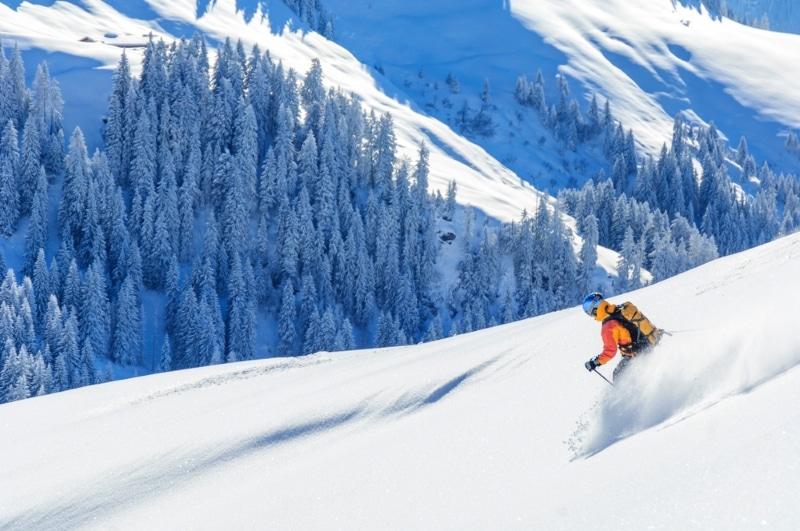 Ski hors pistes dans les Alpes à Kitzbuhel